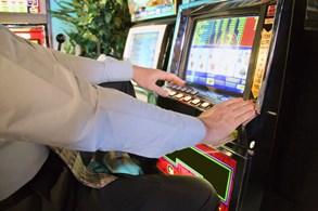 Podpisy nasbírány, referendu o hazardu už nic nebrání