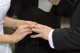 Manželství je pro většinu Čechů nedotknutelné
