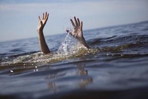 V rybníce ve Starém Městě utonul muž