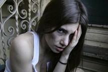 O prázdninách bylo kvůli domácímu násilí v Praze vykázáno z bytu 30 osob
