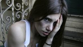 Počet odhalených případů domácího násilí v Praze stále patří k nejvyšším