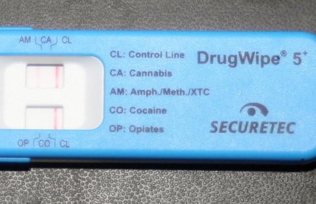 Popis: Test na drogy prokázal pozitivní hodnoty na amfetamin a metanfetamin u obou řidičů.  Ilustrační foto.