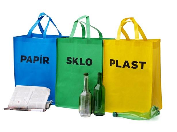 4fe0e06617db O praktické tašky na separovaný odpad je v okrese Žďár nad Sázavou zájem