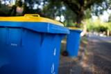 Lidé na Hluboké budou platit za odpad dál symbolickou stokorunu