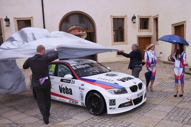 Popis: Michal Matějovský startuje novou závodní sezónu.