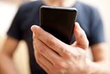 Za mobilní tarify nejvíce platí lidé s nejnižšími příjmy, data jsou v Česku v desítce nejdražších z celé EU