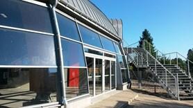 Zimn� stadion v Ji��n� byl letos stavebn� uzav�en, sez�na za��n�