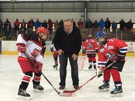 Tátové přijdou fandit na hokejový turnaj O pohár profesora Malého
