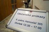 Chrudim zkouší vydávání občanských průkazů ve Skutči