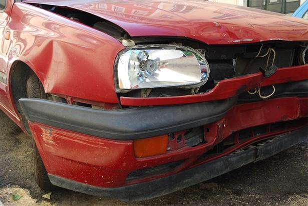 Popis: Velké procento pojistných podvodů se týká nehod automobilů.
