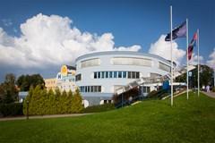 Kraj za 300 milion� korun nakoup� vybaven� n�chodsk� nemocnice