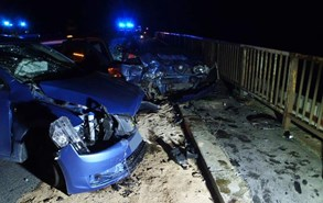 P�i nehod� u K�valky se zranilo 6 osob