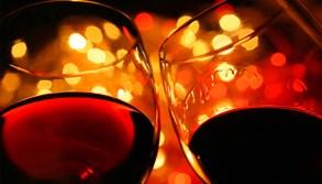 """Dvě láhve vína a """"hurá"""" za volant"""