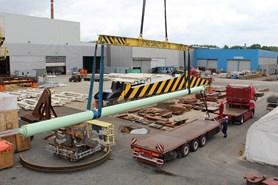 Huisman vyrobil nejdel�� hydraulick� v�lec m���c� t�m�� 20 metr�