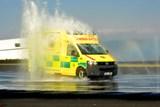 Řidiči středočeské záchranky absolvují kurzy bezpečné jízdy