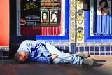 Obtěžoval ostatní hosty v baru, vyspal se na záchytné stanici