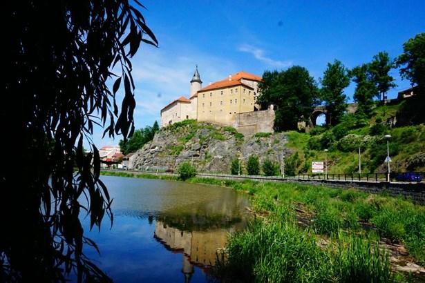 Popis: Hrad v Ledči nad Sázavou.