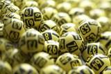Češi si vloni díky loteriím a losům rozdělili skoro 27 milionů výher za téměř 5 miliard korun