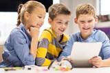 Alternativní školy táhnou. Děti se vzdělávají bez učebnic i znám