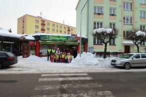 Přechod přes Pražskou ulici ve Vrchlabí je bezpečnější díky novému osvětlení