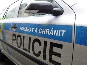 Policisté hledají neznámou řidičku a také svědky dopravní nehody