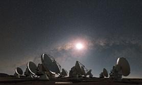 ALMA poprvé pozorovala Slunce. A čeští astronomové byli u toho