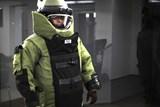 Policisté spolu s pyrotechnikem zasahovali na staveništi v Letňanech