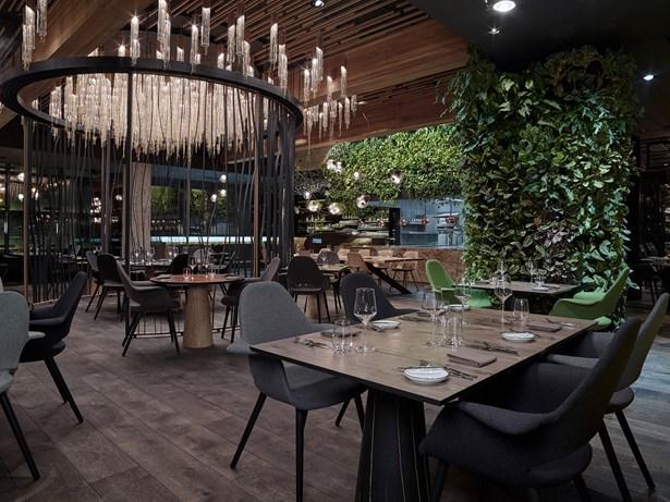 Popis: Entrée restaurant Olomouc.