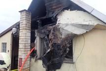 Požár střechy domku v Petrovicích u Karviné