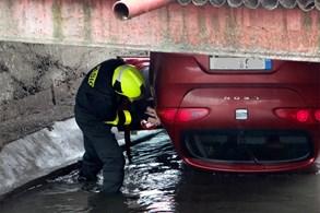 Moravskoslezští hasiči vyprošťovali čtyři vozidla na Novojičínsku a Bašce
