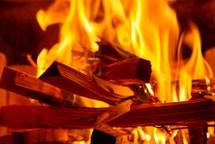Požár v kotelně domu způsobila nedbalost