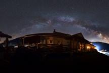 Nádherná Mléčná dráha - Česká astrofotografie za březen 2017