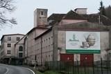Dříve slavná porcelánka v Horním Slavkově na Sokolovsku opět změní majitele