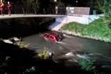 Seniorka vjela autem do potoka