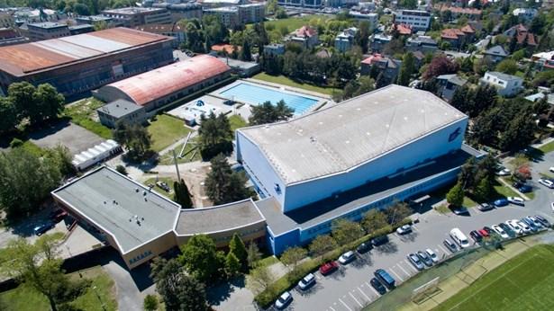 Popis: Plavecký stadion v Olomouci.