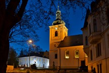 Varhanní hudba, plameny svíček, ticho, meditace… taková bude Noc kostelů v Jablonci