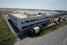 Continental v Brandýse roste a přijme 100 lidí na výrobu elektroniky do aut