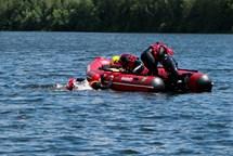Vítězem vodní záchranářské Slezské Harty 2017 domácí hasiči z Bruntálu