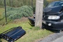 Hasiči vyprošťovali zraněnou polskou řidičku