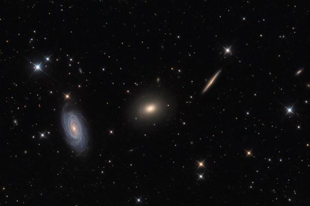 Popis: Trojice galaxií v Draku.