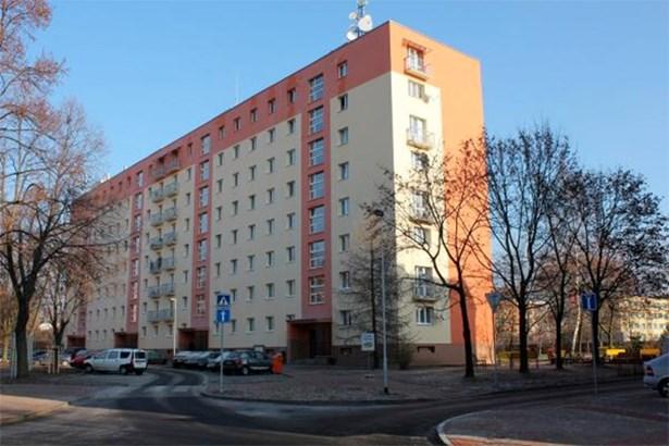 Popis: Nově regenerované sídliště U nádraží Turnov.