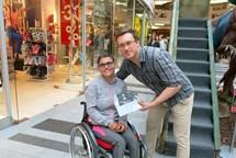 Výtěžek Knihotrhu pomohl mladé handicapované atletce