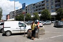 Na Žerotínově náměstí bude první automat, ve kterém řidiči zaplatí i platební kartou