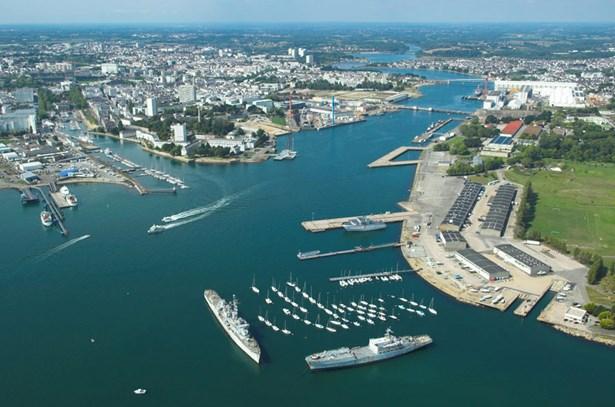 Popis: Francouzský Lorient