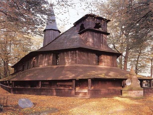 Popis: Kostel sv. Marie Magdaleny v Božanově.