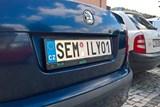 Služební vozy semilské radnice  mají od srpna značky na přání