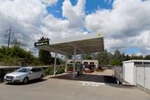 Bonett otevřel plnicí stanici CNG v Náchodě a Pardubicích