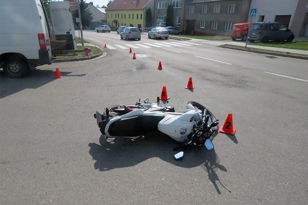 Popis: Nehoda v Morkovicích.