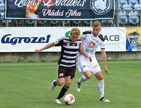 Dynamo přejelo Hradec Králové a vede ligu