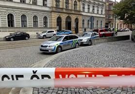 Anonym oznámil bombu ve škole v Olomouci